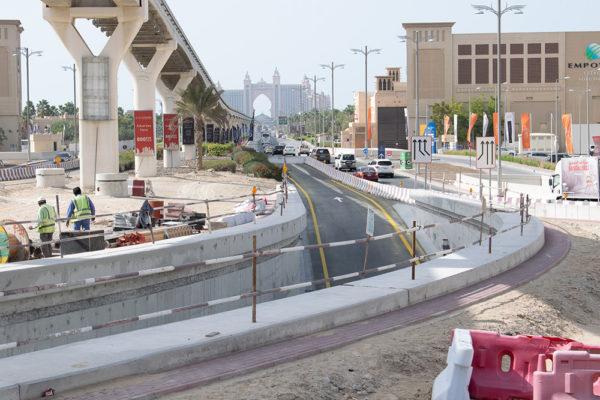 Nakheel Mall Roads DSC_0444