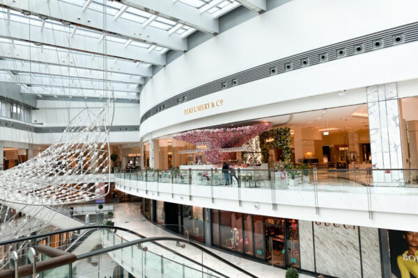 Dubai Mall Perfumery 13