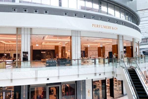 Dubai Mall Perfumery 8