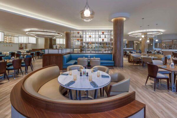architectural-lighting-design-luxury-restaurant-bright-fresh-interior-cove-illumination-glass-pendant-lights-saffron-atlantis-dubai-studio-n-2560x1440